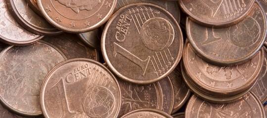 Stato richiede soldi disabili sindaco paga con monetine