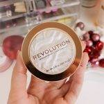 Cosmetici Revolution, per un grande fashion